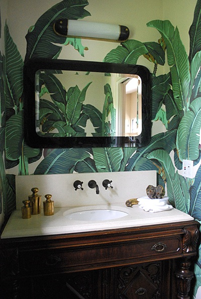 mdesign-powder-room-tropical-martinique-wall